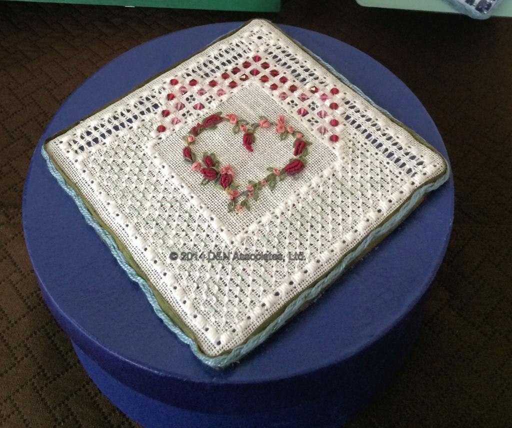 box lid Renaissance Lace