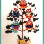 Birdies in Tree