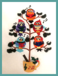 Birdies in Tree